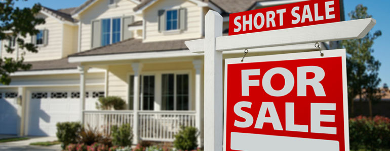 buying foreclosures or short sales